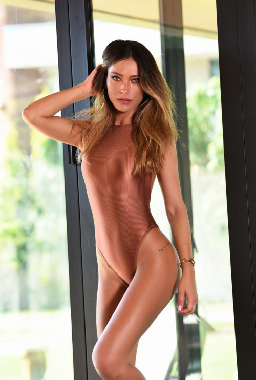 maiô bronze